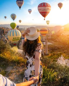 Top 10 Travel Destinations in the World Amazing Destinations, Travel Destinations, Holidays In June, Air Balloon, Balloons, Amazing Photography, Travel Photography, Couple Photoshoot Poses, Turkey Travel