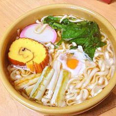 煮込んでふやけた伊達巻が好き。 - 9件のもぐもぐ - 鍋焼きうどん(マルちゃん正麺) by tamacocco