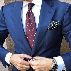 Dapper navy men's suit. #mensfashion #menstyle