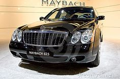 Black bussines car Maybach by Rqs, via Dreamstime Top Luxury Cars, Power Cars, Billionaire Lifestyle, Hot Rides, Maybach, Photo Black, Dream Garage, Cannes, Dream Cars