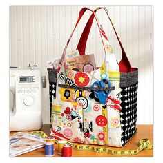 Ellie Mae Crafty Carriers Pattern from @fabricdotcom  From Kwik Sew, this pattern includes pattern pieces, pictures and detailed instructions to create a utility bag.Click here for pattern back.
