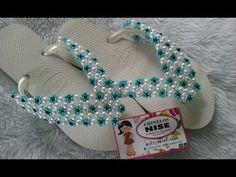 YouTube Beach Foot Jewelry, Beaded Shoes, Beaded Crafts, Beaded Jewelry Patterns, Cross Stitch Flowers, Bead Art, Crochet Earrings, Slippers, Beaded Bracelets