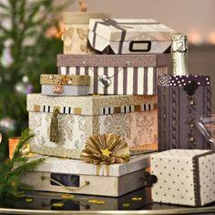 Des boites à chaussures en guise de paquets cadeaux // Shoes boxes as gift box