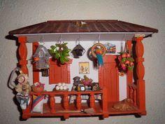 Puntadas y más puntadas: Artesanía colombiana y premio Miniature Fairy Gardens, Miniature Houses, Biscuit, Diy Wall Painting, Puerto Ricans, Fairy Houses, Diy And Crafts, Facade, Photos
