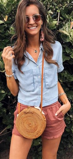 A short sleeve chambray shirt for summertime!