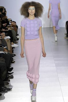 Comme des Garçons Fall 2007 Ready-to-Wear Collection Slideshow on Style.com