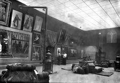 Fernand Pelez - L'atelier de Fernand Pelez en 1913. Photographie de Albert Harlingue. Coll. Roger-Viollet. © Petit Palais / Roger-Viollet.