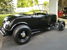 Classic Hot Rod, Classic Cars, Hot Rods, 1932 Ford Roadster, Convertible, Traditional Hot Rod, Hot Rod Trucks, Custom Cars, Cool Cars
