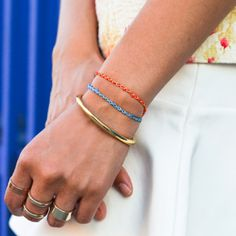Learn to make this easy to do embroidery floss chain bracelet with this tutorial!