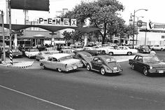 Old Pictures, Old Photos, Pancho Villa, Mexican Art, Baja California, Gas Station, Mexico City, Nostalgia, The Neighbourhood