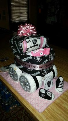 Raiders Fun Diy Crafts fun diy crafts for couples Baby Shower Diapers, Baby Shower Cakes, Baby Shower Parties, Baby Shower Themes, Baby Boy Shower, Baby Shower Decorations, Baby Shower Gifts, Baby Gifts, Shower Party
