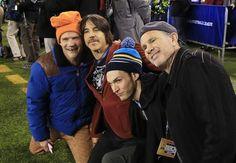 The Official Tumblr of Red Hot Chili Peppers Anthony Kiedis | Flea | Chad Smith | Josh Klinghoffer Jane's Addiction, John Frusciante, Anthony Kiedis, Josh Klinghoffer, Cool Bands, Cute Boys, Music Artists, Chili, Hollywood