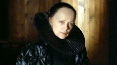 Virna Lisi is excellent as Catherine de'Medici in 'La Reine Margot' 1994