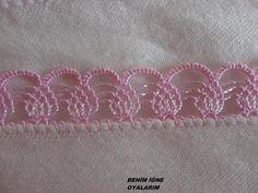 İĞNE OYASI Crochet Borders, Crochet Motif, Crochet Designs, Crochet Lace, Crochet Patterns, Thread Crochet, Crochet Crafts, Crochet Stitches, Crochet Projects