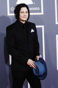 jack white grammys, best looking person there.