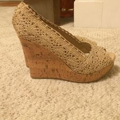 Bakers gold/ cork wedges Bakers brand wedges, slightly worn, comfortable Bakers Shoes