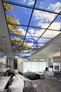 I honestly can't tell if it's a hospital or hotel- though has hints of hospital. Ceiling brilliant use of sensory and better patient outcomes. #VirtualWindows #SkyFactory