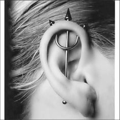 Here are the Top Types of Piercings You'll Want to Get! We listed the top 20 types of piercings you will want to get with insights and pictures. Get to see how your future piercing will look like before. Piercing Tattoo, Piercing Cartilage, Body Piercings, Piercing Types, Crazy Piercings, Septum, Double Cartilage, Tongue Piercings, Body Mods