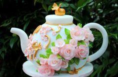 Oh my goodness, gorgeous. http://cakesdecor.com/cakes/61690
