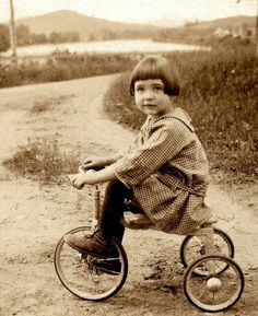 Tricycle, 1927.