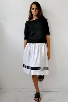 I have a major style crush on Charlotte le Strum, who designs and models her French label Le Vestiaire de Cle . Her clothes are voluminou. Look Cool, Cool Style, My Style, Layered Look, Stay Warm, Boho Fashion, Indigo, What To Wear, Midi Skirt