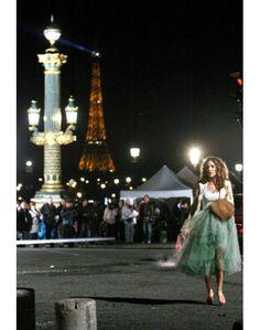 Carrie in Paris ...