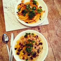 Plantaardig zonder banaan: Een rondleiding. Spaghetti en gegrilde pompoen. Twee borden alleen voor mij.