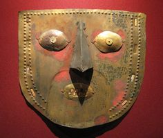 Lambayeque-Chimú culture gold mask |