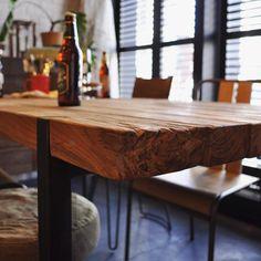 dBodhi新作 CELEBESEシリーズ  インドネシアで実際に柵や杭として使用されていたチーク古材を使用し表情豊かなテーブルに仕上げましたかっこいい 現在大人気でダイニングテーブルは入荷待ちです コーヒーテーブルとコンソールテーブルは若干ストックがございます 今月末まで送料無料キャンペーンもやっていますのでこの機会に是非  DINING TABLE 98000tax  COFFEE TABLE 75000tax CONSOLE TABLE 69000tax  #shopasplund #アスプルンド #asplund #dbodhi #interior #furniture #table by shop_asplund