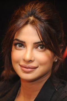 http://www.celebritykhoz.com/Wallpaper/Priyanka-Chopra-Wallpaper-87.html  Priyanka Chopra Wallpapers download
