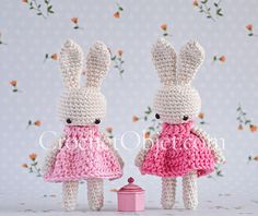 Mini 'pretty in pink' – A baby bunny dress pattern – CrochetObjet by MoMalron