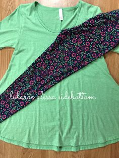 Perfect t paired with LuLaRoe floral leggings