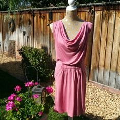 """Banana Republic Pink summer dress Pink Summer dress pockets in front. 39"""" from top of shoulder to bottom of the Dress Banana Republic Dresses"""