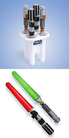Lightsaber Popsicle Maker: coolest thing ever?! Can you imagine being a kid & having these at your birthday party? I'm totally jealous!