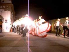 Las comaltecas, Ballet Folklórico de la Universidad de Colima - YouTube
