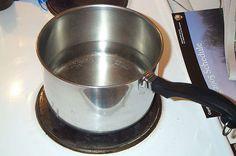 Instead of 1 teaspoon of lemon juice, use teaspoon of vinegar. Three Oaks, Bokashi, Clean House, Cleaning, Vinegar, Organizing, Juice, Lemon, Hacks