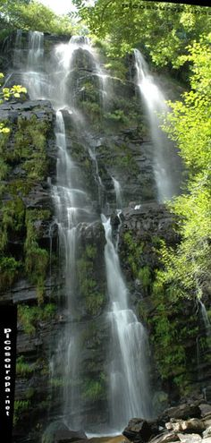 Cascada de Seimeira, Santa Eulalia de Oscos, Asturias, ESPAÑA Waterfall Twist, Waterfall Trail, Beautiful Sites, Beautiful World, Beautiful Pictures, Asturias Spain, South Of Spain, Holiday Places, World Pictures