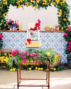 Azulejos tiles for wedding decor - Love Story Events Portal Flower Decorations, Wedding Decorations, Table Decorations, Rose Wedding, Floral Wedding, Summer Wedding, Christian Lacroix, Italian Baby Showers, Engagement Brunch