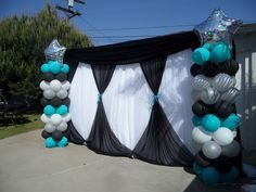 Covered Garage Door with Fabric Backdrop and Balloons Prom Balloons, Baby Shower Balloons, Prom Backdrops, Backdrops For Parties, Balloon Backdrop, Fabric Backdrop, Balloon Columns, Balloon Decorations, Birthday Decorations