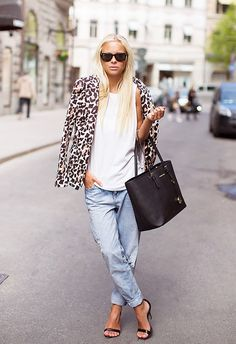5 totally chic ways to work leopard print into your summer wardrobe. // #outfitideas #tips