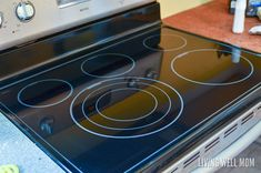 in November that I learned the secret to cleaning your stove top.And with these tips, I was able to restore my stove top to its former sleek and shiny self. Cleaning Flat Top Stove, Clean Stove Top, Glass Cooktop, Diy Cleaners, Natural Cleaning Products, Best Mom, Housekeeping, Clean House, Cleaning Hacks