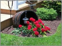 15 Beautiful Flower Beds In Front Of House Ideas #gardendesign #gardeningtips #gardening