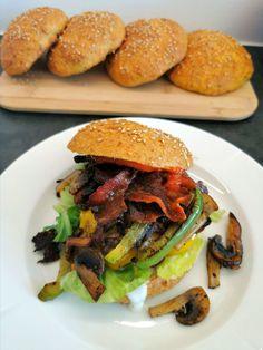 Carb Cycling, Hamburger, Bacon, Chicken, Ethnic Recipes, Food, Lasagna, Hamburgers, Hoods