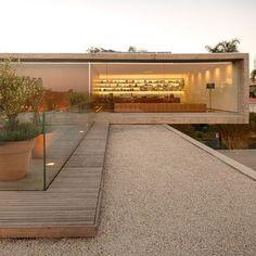 Gallery of The P House / Studio - Marcio Kogan + Lair Reis - 18 Residential Architecture, Contemporary Architecture, Amazing Architecture, Landscape Architecture, Interior Architecture, Casas Containers, Villa, Prefab, Bauhaus