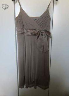 À vendre sur #vintedfrance !  http://www.vinted.fr/mode-femmes/fetes-and-cocktails/17691030-robe-de-cocktail-esprit-kaki  Jolie robe #Esprit en tulle kaki, taille XS, portée une fois à l'occasion d'un #mariage, état impeccable.