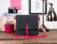 Magenta leather handbag purse felt bag leather straps by POPEQ