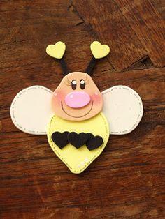 Nossa que lindinhos! Peguei no blog da Cláudia: http://toys-reciclagemdivertidaeartesanato.blogspot.com  São ótimos para lembrancinha...