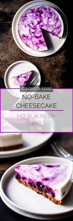 Käsekuchen ohne Backen, geht das?! Klar, und zwar ganz easy! Hier findest du ein Rezept für einen super erfrischenden, cremigen Käsekuchen mit Blaubeeren!
