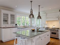 "Traditional Kitchen with 36"" Gas Range - 4 Burners and Infrared Griddle, Glass panel, Kitchen island, Pendant Light, L-shaped"