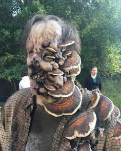 If you are looking for cool Halloween costume ideas then get through these awesome Halloween costumes. These mind-blowing costume ideas will blow your - Page 5 of 7 List Of Halloween Costumes, First Halloween, Costume Ideas, Happy Halloween, Homemade Costumes, Homemade Halloween, Zombie Makeup, Fx Makeup, New Funny Pics